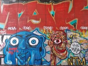 street_art_in_a_tunnel