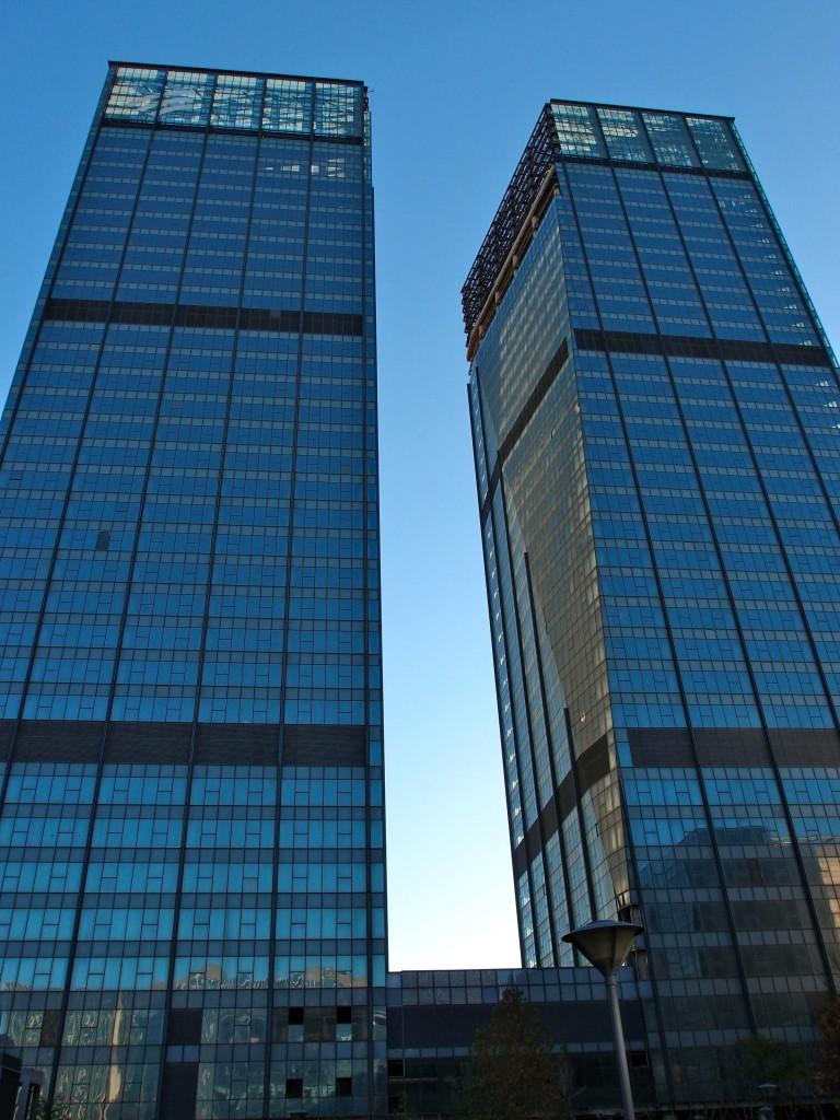 urbex_beijing_towers_daytime